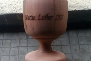 Charlic from cedar wood – Martin Luther 2017