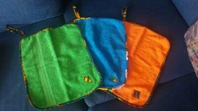 Massgeschneiderte Handtücher mit Kitenge-Einfassung Fotos vom Kunden