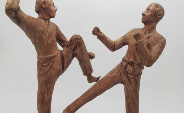 Sculpture modeled after the pictures below