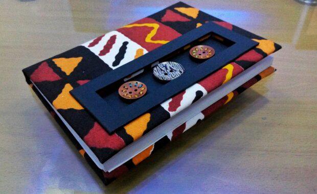 Handgemachtes Notiz- oder Tagebuch