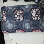 Maßgefertigte Handtasche waehrend der Massanfertigung