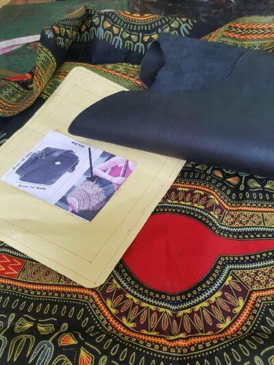 Custom made laptop bag within custom made realization