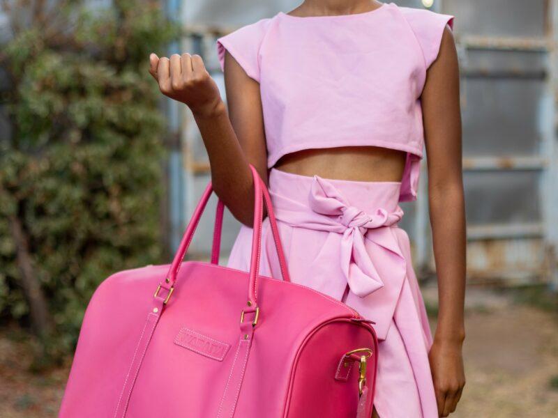 Maßgefertigte rosa Reisetasche die auch Gymnastiktasche ist