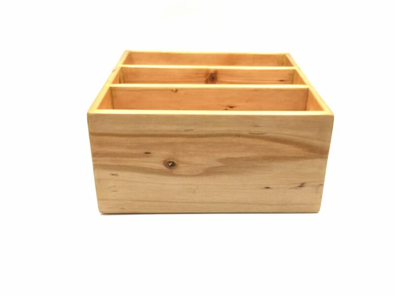 Cutlery box in the unusually small size 24 cm x 24 cm