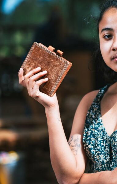 Maßgefertigte Brieftasche mit den Aussenmassen H200mmX B125m