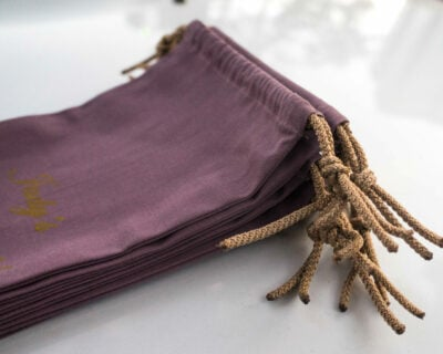 7 small drawstring bags made of cotton