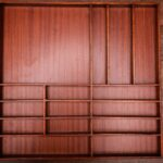 Maßgefertigter Schubladeneinsatz aus Holz (46 x 48 cm)