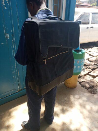 maßgeschneiderte Rucksacktaschen für unsere Produktsets waehrend der Massanfertigung