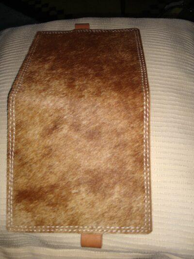 Maßgefertigte Brieftasche mit den Aussenmassen H200mmX B125m Fotos vom Kunden