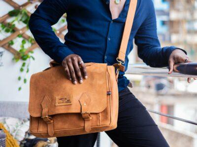 maßgefertigte Laptoptasche (sleeve) aus Leder