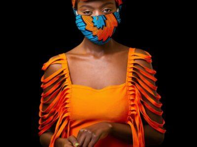 Alltagsmaske mit passendem Kopftuch