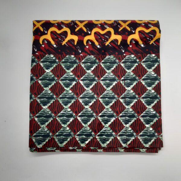 Maßgeschneiderte Vorhänge mit afrikanischen Wachsdruck